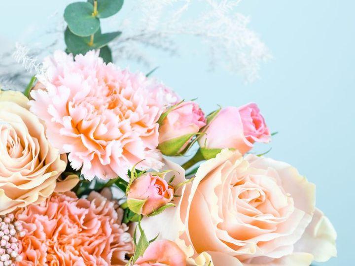 Gražios gėlių puokštės į namus