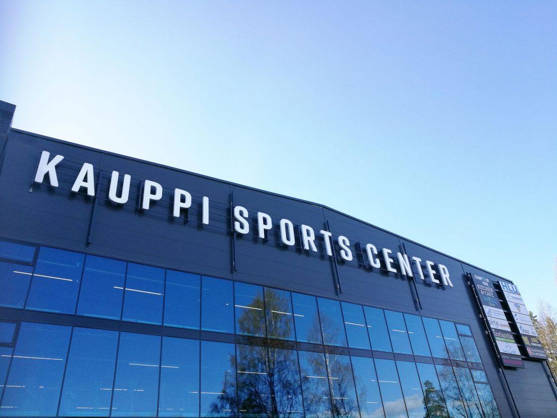 Kauppi Sports Center rakennus ulkoa