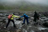 Hampta Pass Trek- helping hand