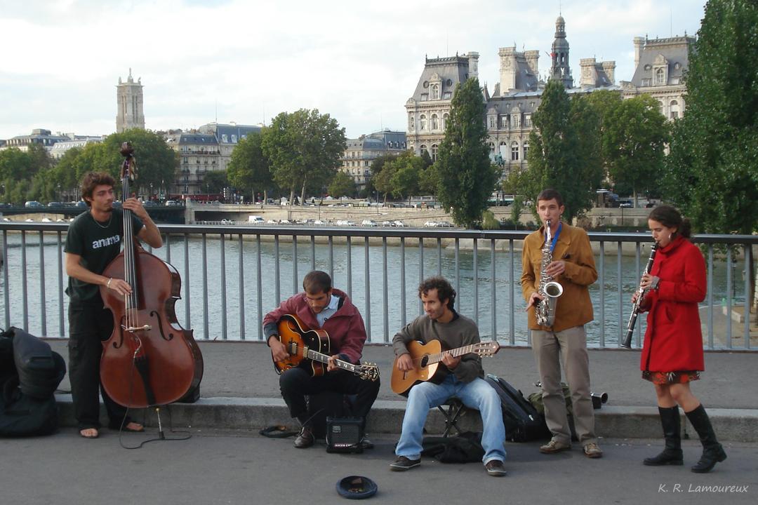 Buskers, Ile St-Louis, Paris