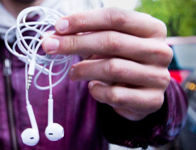 Vezetékes vs. Vezeték nélküli fejhallgatók - melyik jobb?
