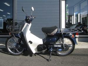 ホンダ プレスカブ(50cc) ブルー 左側