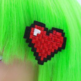 Pixel Heart Hair Clip Set – 8 Bit -Set of 2