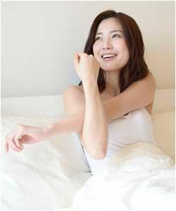 更年期障害に現れる倦怠感が改善した女性のイメージ画像