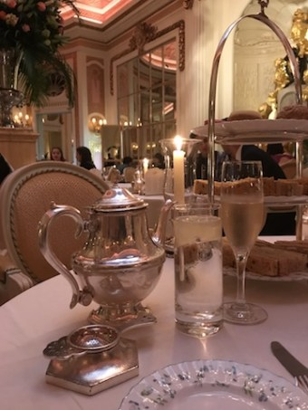 chá da tarde no Ritz