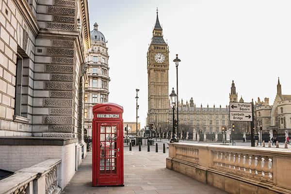 foto-de-cabine-telefonica-inglesa-com-big-ben