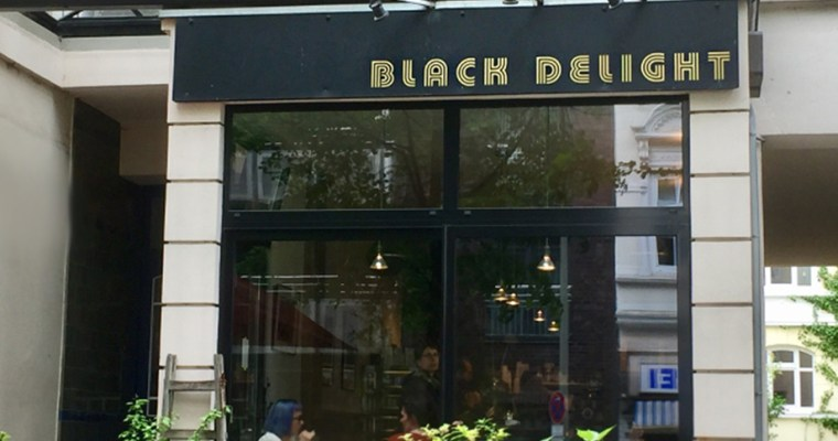 Black Delight – Good Coffee and gluten free cake