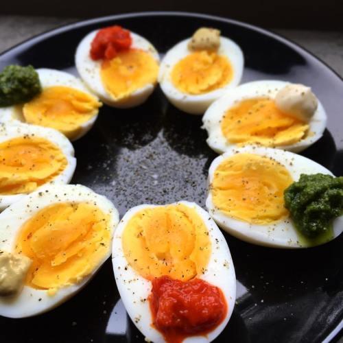 Eier in bunter Variation
