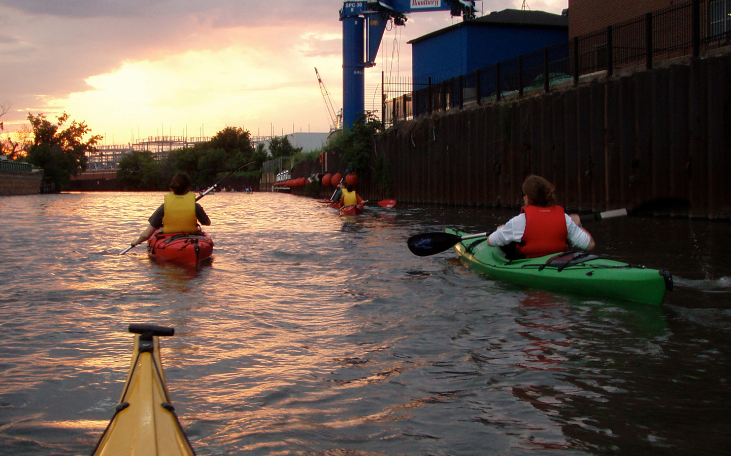 kayak river chicago sunset