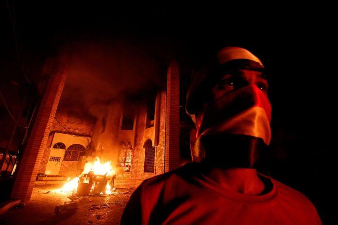 2018-09-07T162225Z_896151384_RC1E032BEDF0_RTRMADP_3_IRAQ-PROTESTS