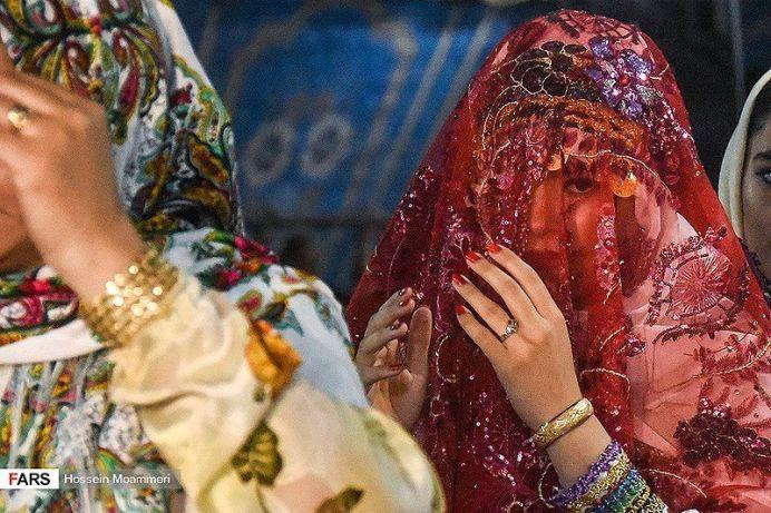 Kurmanji bride under a transparent veil. Wikimedia Commons
