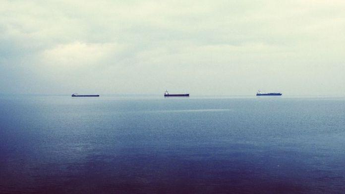 oil-tankers-336718_960_720