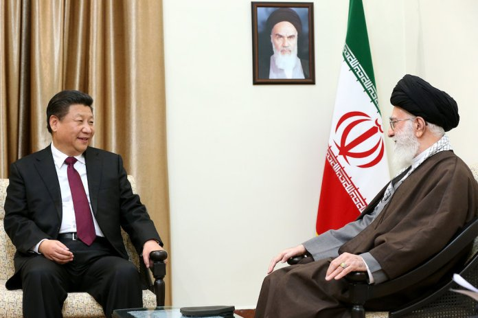 Ali_Khamenei_receives_Xi_Jinping_in_his_house_7