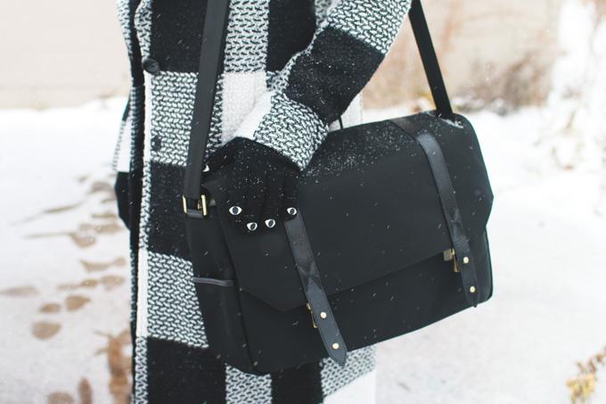 camera bag, harbourside,