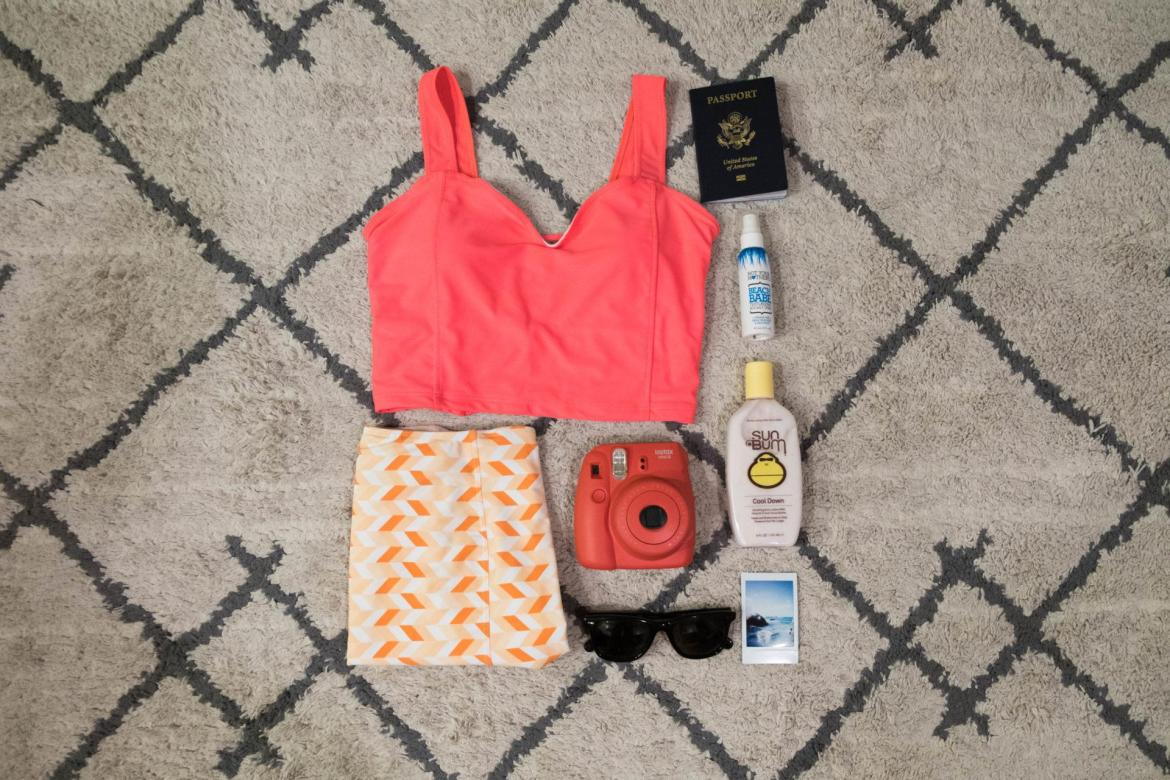 essentials to include on a vacation packing list