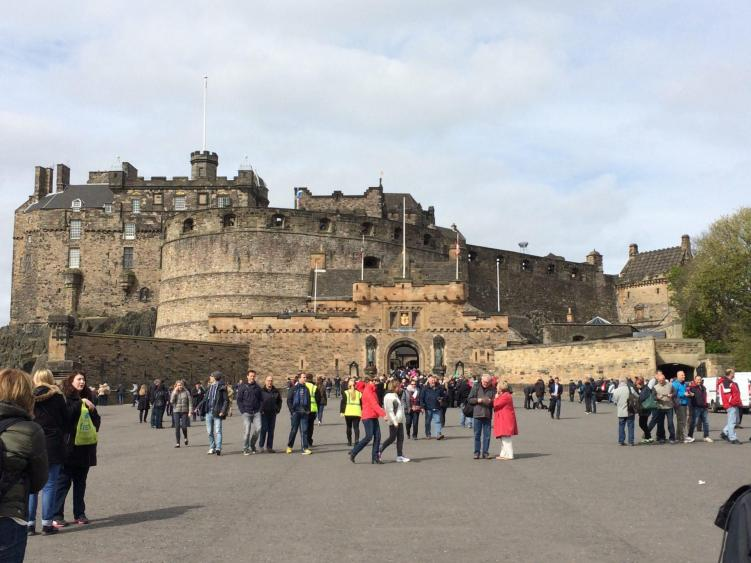 seeing the castle is one of the many things to do in edinburgh