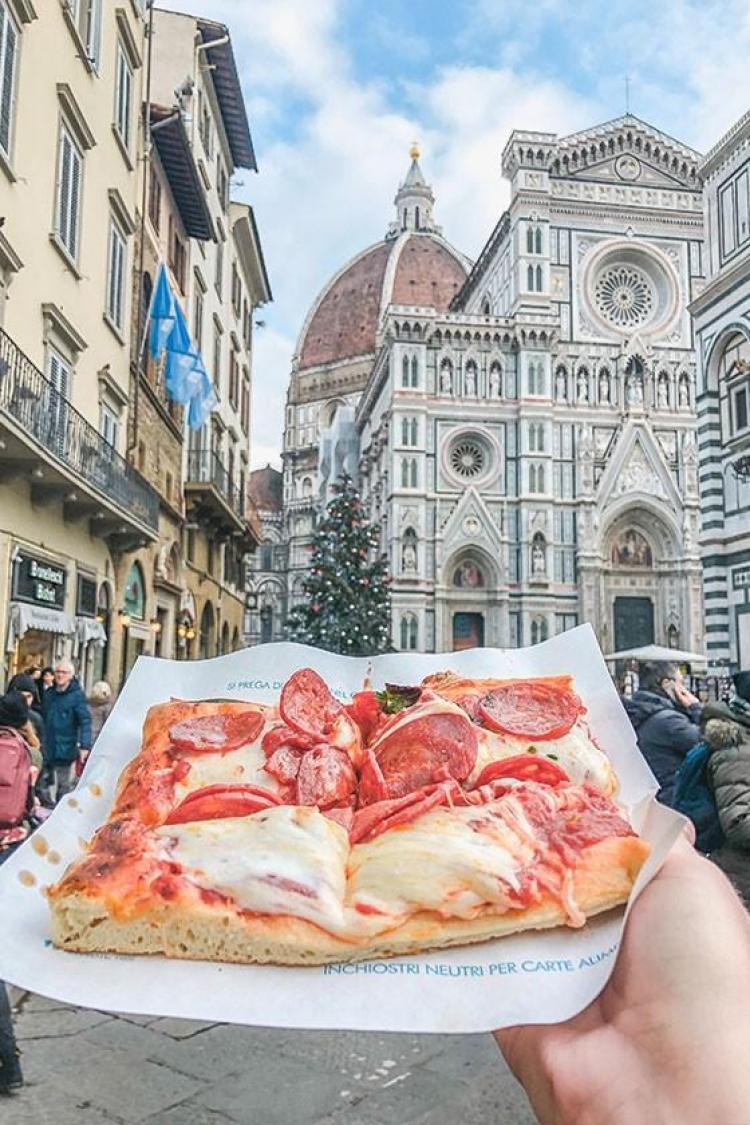 pizza in florence italy
