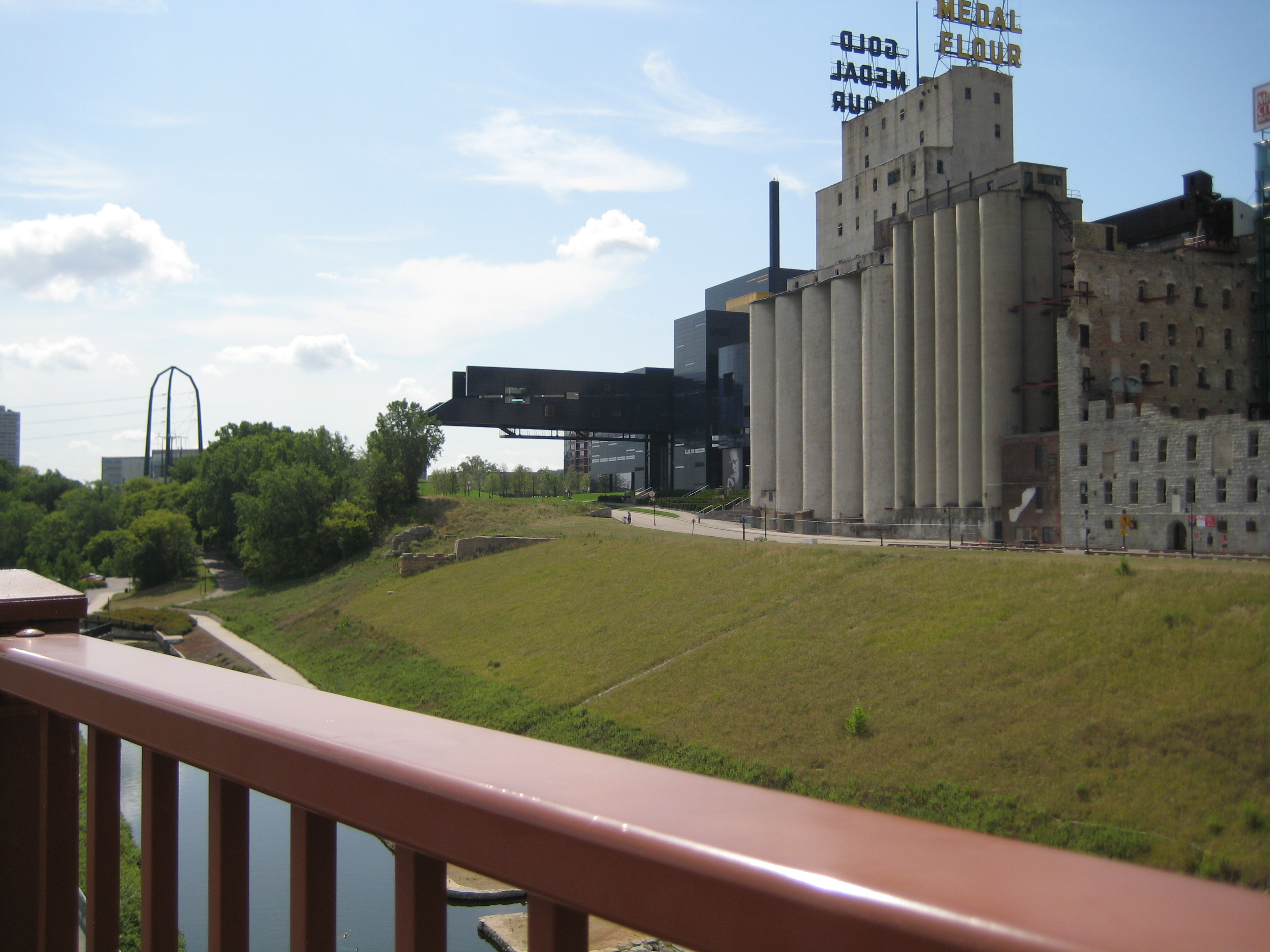 Would I have walked to the very end of the Guthrie bridge if I knew what it looked like from the river?  It was my Graduation Day in May of 2008....I had already done all the scary stuff...this bridge out over the river?  Piece of Cake!