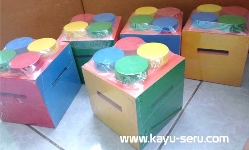mainan belajar celengan warna - Celengan Warna Terbuat Dari Kayu Untuk Mainan Edukatif