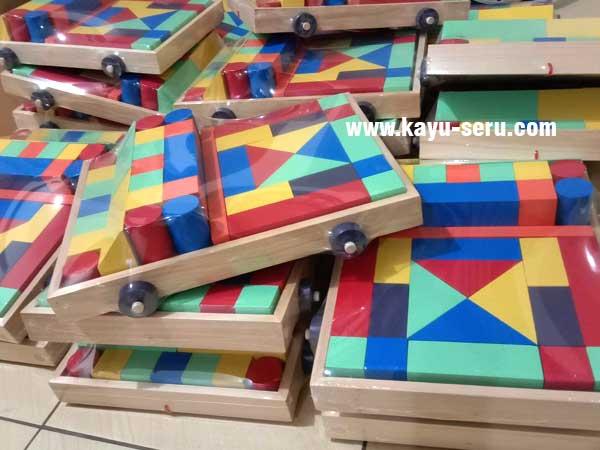 BKB Stunting Kit - Membuat Pesanan Balok Mobil Untuk BKB Stunting Kit