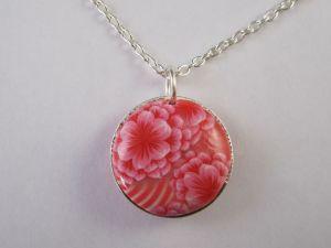 pink chrysanthemum layered pendant