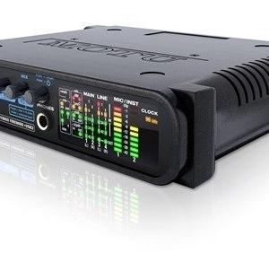 MOTU Audio Express 6 x 6 Hybrid Firewire/USB2 Audio Interface
