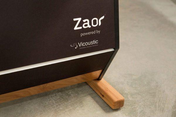 Zaor Maestro 36 Oak Detail