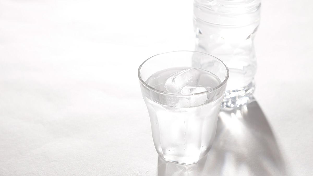一杯の水で交感神経のスイッチをオンにしよう