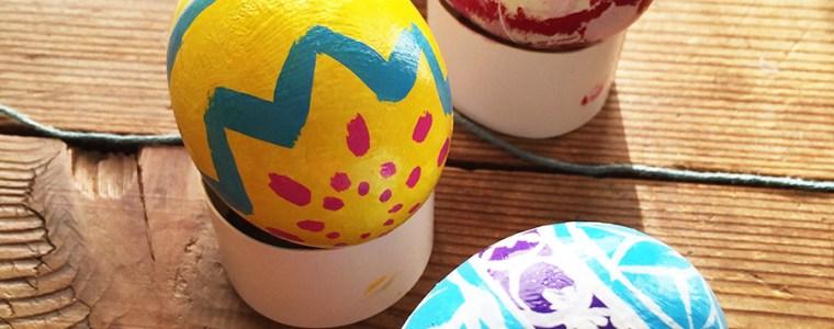 娘と卵をペイントして遊びました〜♪