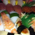 お寿司うまうま。合計1800kcal http://t.co/I3sP9NHiLx