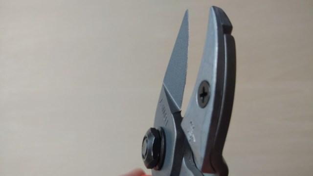 LOWE ライオン No.7107 軽量型アンビル+バイパス式剪定鋏の性能・研ぎ方・手入れ方法を解説 291