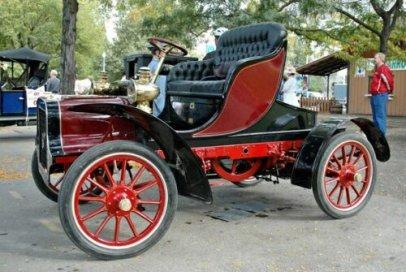 1905 Cadillac E