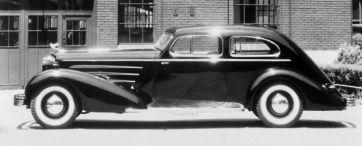 1933 Cadillac V16 Fleetwood Aerodynamic