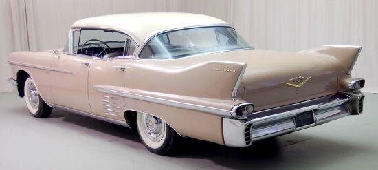 1958 Cadillac 62 Sedan De Ville_2