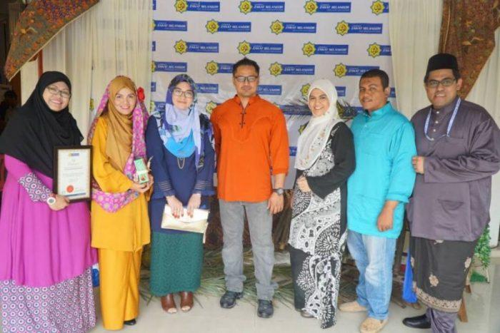 Penghargaan Zakat Selangor Kepada Kelab Blogger Ben Ashaari
