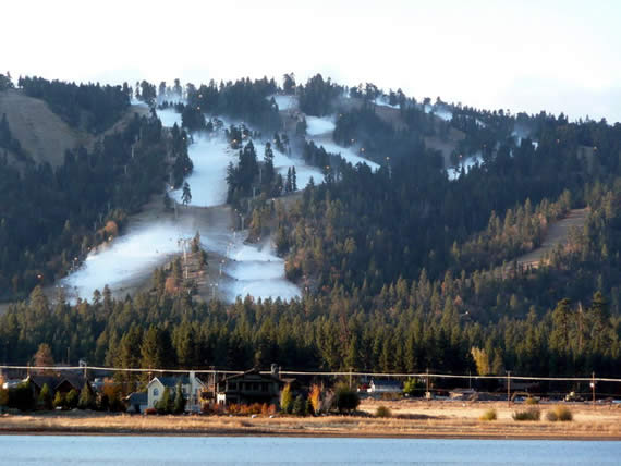 Skiing and riding on the slopes in October? Snow Summit Resort was blowing snow on Miracle Mile and Summit Run this morning (October 28), as seen in this photo provided by BBMR.