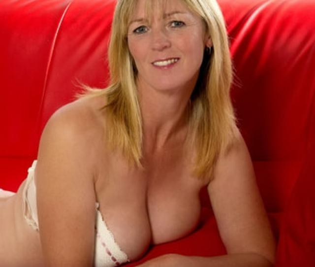 Milfs Pride Real Milfs  Milf Cougar Older Mature Woman Sex Inexperienced Man Xxx