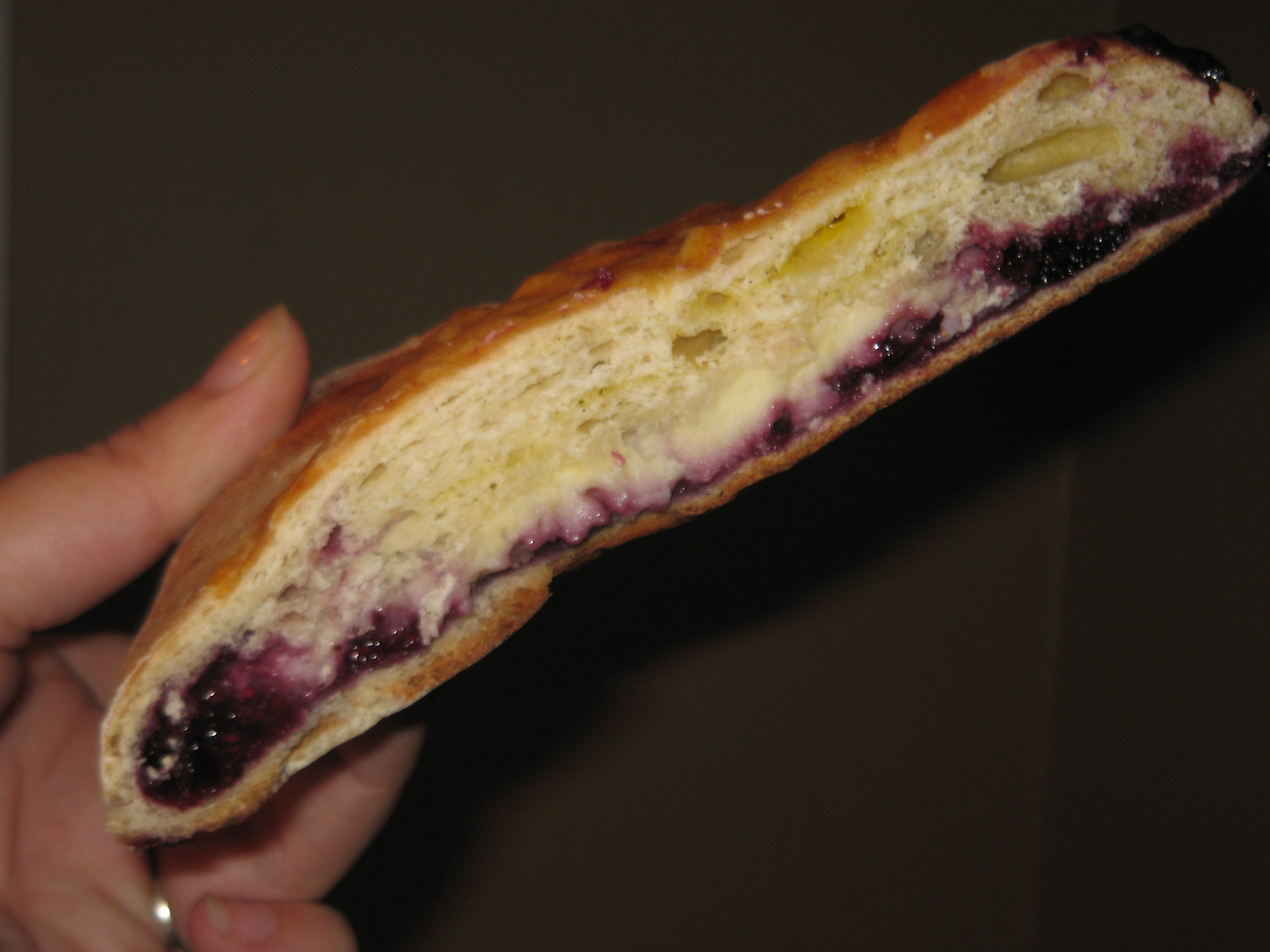 berry cream slice