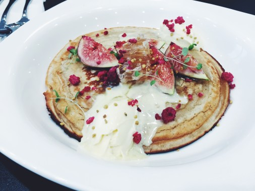 gingerbread pancake – clotted cream, fresh figs bee one third honeycomb & bee pollen (v)