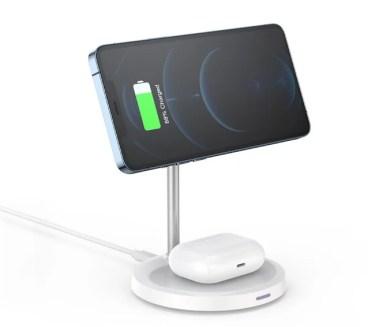 【新商品】2台同時充電ができる「2in1 MagSafe対応スマホスタンド&充電器」が発売