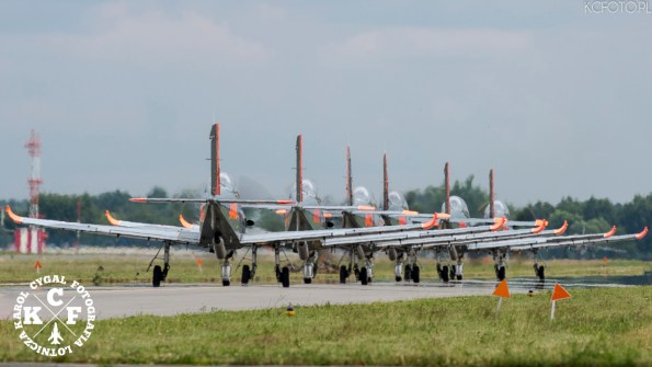 """Zespół Akrobacyjny """"Orlik"""" / Aerobatic Team """"Orlik"""""""