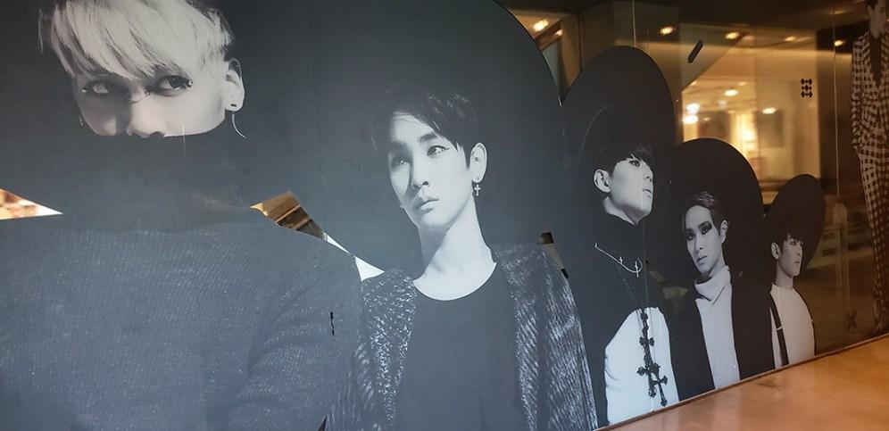 Seoul - Day 1 - SMTown - 11