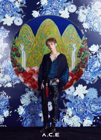 A.C.E - blue - byeongchan 2