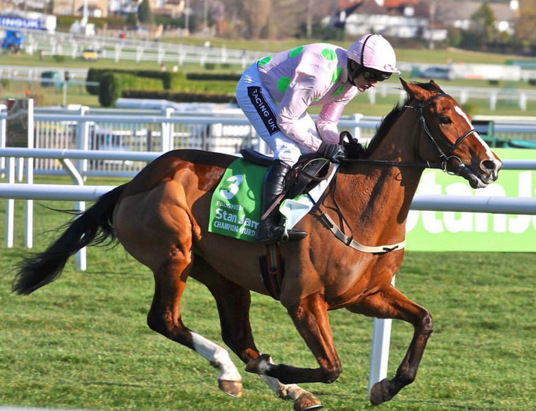 Faugheen first furlong in the 2015 Champion Hurdle at Cheltenham. Photo: Tim Anthony/Wikimedia