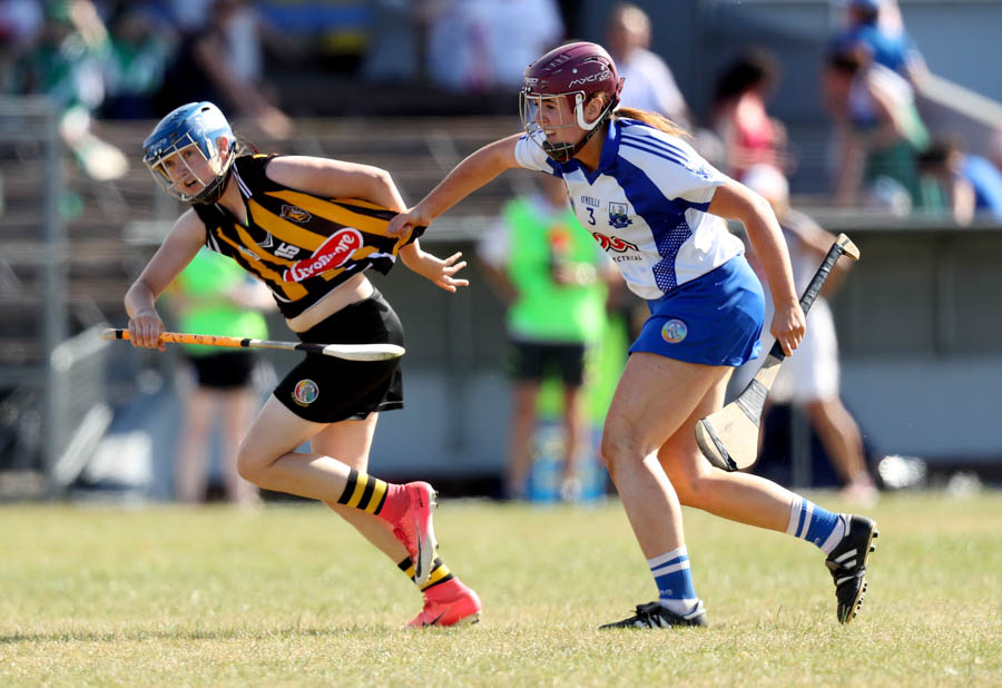 Kilkenny's Michelle Quilty with Iona Heffernan of Waterford Mandatory Credit ©INPHO/Oisin Keniry