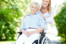 Zwei Drittel der unter 40-Jährigen sind bereit, einem pflegebedürftigen Angehörigen zu helfen. Foto: pressfoto