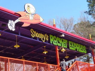 I think this is Snoopy's Rocket Express