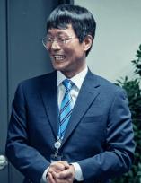 補佐官2|韓国ドラマ|登場人物・キャスト情報、イ・キドン(チョン・ジンギ)