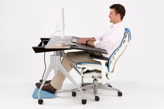 envelop-desk-most-comfortable-moving-workstation-3
