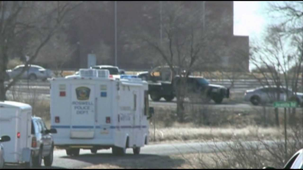 Emergency response to shooting at Roswell, NM school